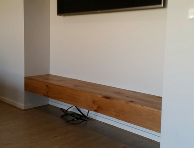 Floating American White Oak TV Bench